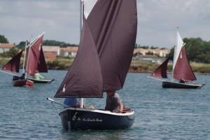 petit-voilier-transportable-insubmersible-sables-d-olonne-2017 (11)