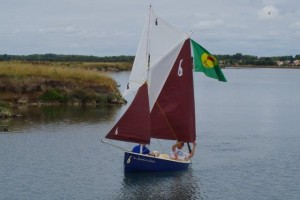 petit-voilier-transportable-insubmersible