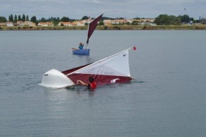 petit-voilier-transportable-insubmersible-sables-d-olonne-2017 (76)