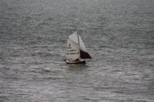 petit-bateau-a-voile-voilier-transportable-gazelle-des-sables -clin-foc (2)
