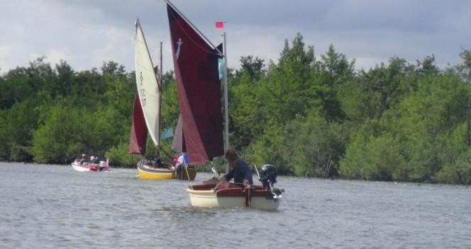 petit-bateau-transportable-www-LaGazelle-des-sables_Morgat